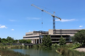 Austin Commercial Hospital Project Tops Out